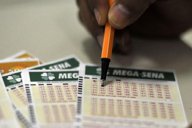 Mega-Sena sorteia prêmio de R$200 milhões nesta quinta-feira (27)