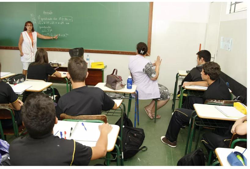 Inscrições para PSS emergencial de professores da rede pública do Paraná começam em 29 de maio