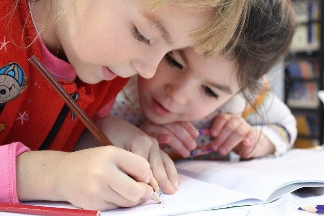 Aprender brincando: Especialistas do Sicredi apresentam dicas de atividades educativas para as crianças durante isolamento