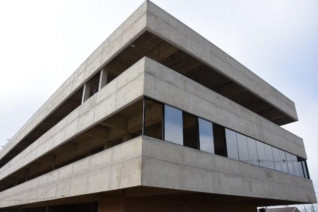 Obras da sede da Prefeitura de Carambeí estão 60% concluídas