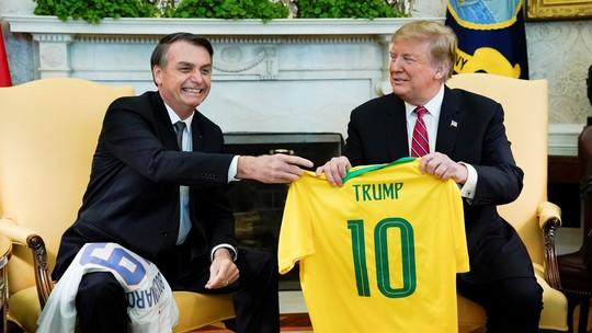 Pragmatismo de Trump foi visto como duro golpe para postura de Bolsonaro na pandemia
