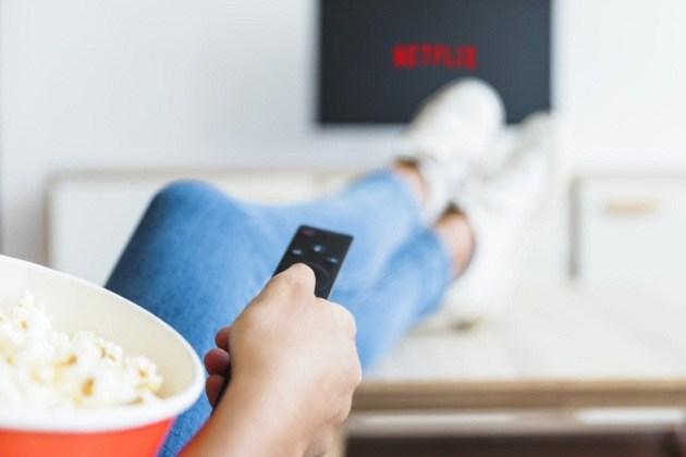 Sem grana para a Netflix? Conheça 4 serviços de streaming gratuitos