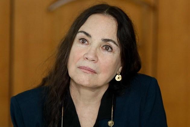 Em entrevista, Regina Duarte relativiza ditadura e discute com apresentadores