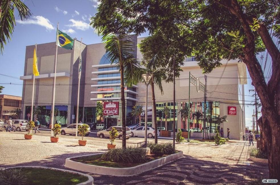 Em Paranavaí, prefeitura autoriza reabertura de shoppings e galerias