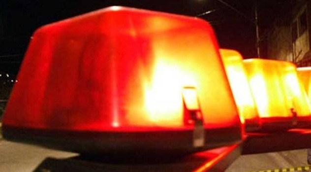 Embriagado e pilotando moto sem placas, rapaz atropela Policial Militar em Prudentópolis