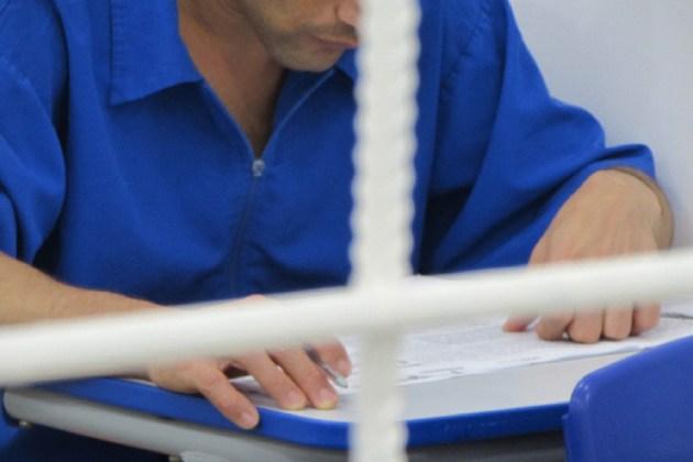 Detentos do sistema prisional iniciam graduação a distância