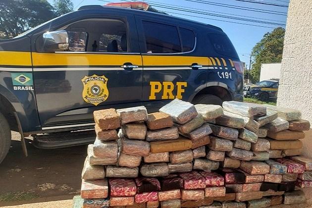 Operação Flagellum: Em menos de 24 horas, PRF apreende quase duas toneladas de maconha no Paraná