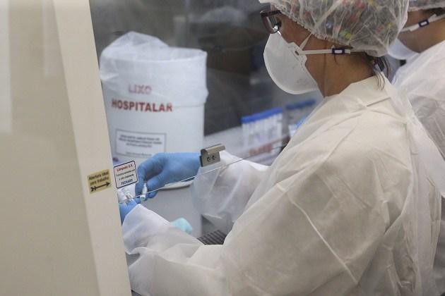 Vacina contra a Covid-19 produzida no Reino Unido deve ser testada em dois mil voluntários no Brasil