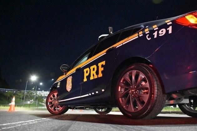 PRF prende suspeito de homicídio em Irati