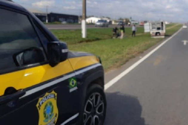 Homem derruba celular na BR-376, volta para pegar e morre atropelado