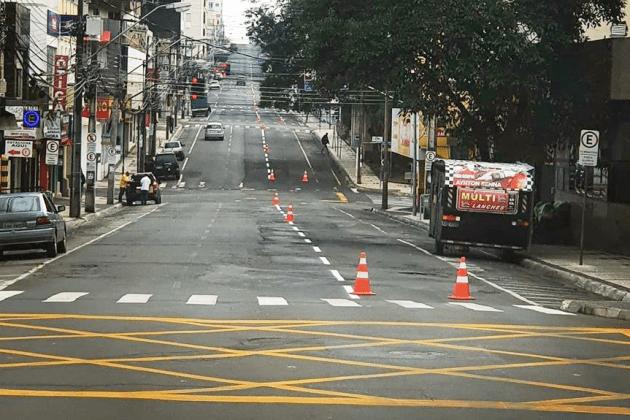 AMTT revitaliza sinalização em ruas do centro de Ponta Grossa