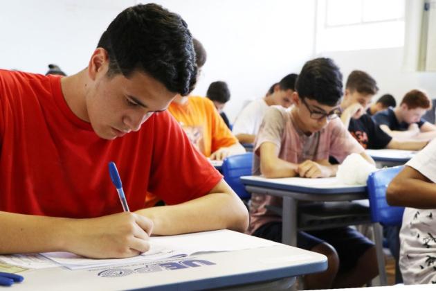 Estudantes podem solicitar isenção na taxa de inscrição para o Processo Seletivo Seriado da UEPG