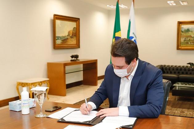 Paraná cria comitê para discussões sobre possíveis vacinas contra o coronavírus