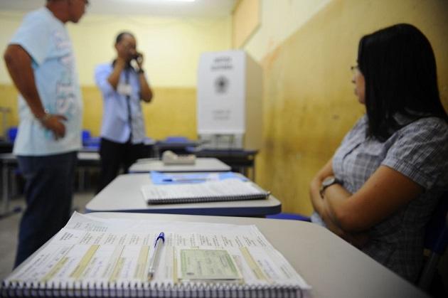 Mais de 60 mil pessoas se voluntariam para serem mesários no Paraná