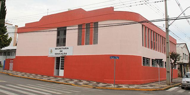 Secretaria de Educação cancela temporariamente entrega de atividades remotas da rede municipal