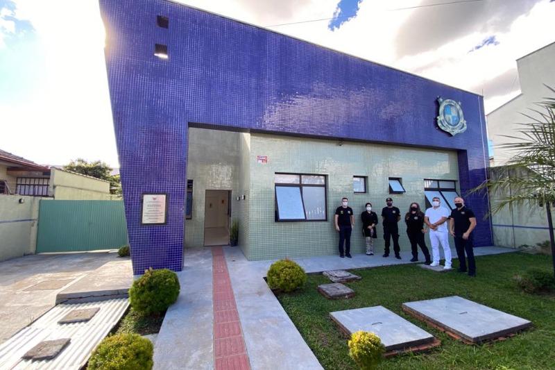 Governo do PR implanta unidades da Polícia Científica em quatro municípios