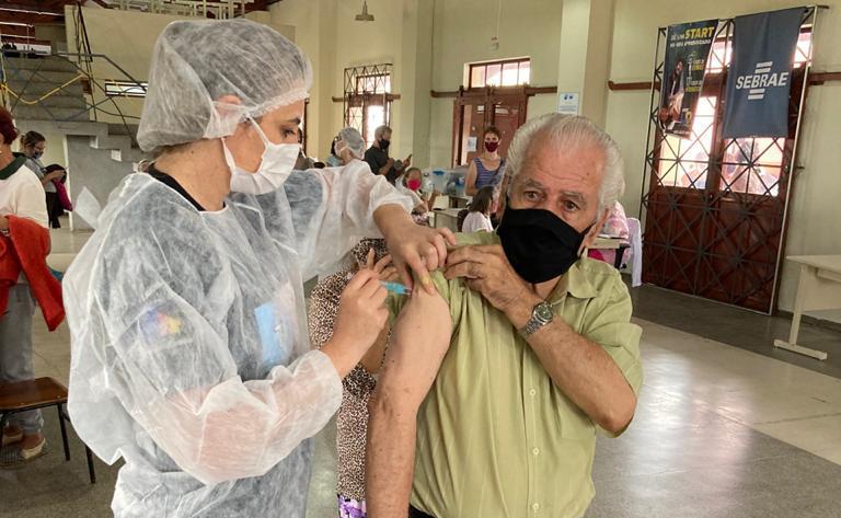 Prefeitura de PG realiza repescagem de vacinação contra a COVID-19