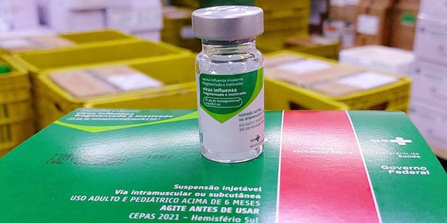 Profissionais da saúde devem solicitar vacinação contra a Influenza