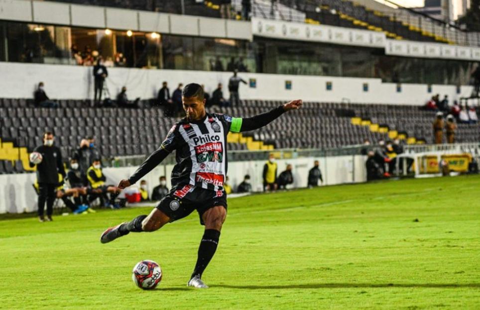 Operário recebe o Cianorte neste sábado pelo Campeonato Paranaense