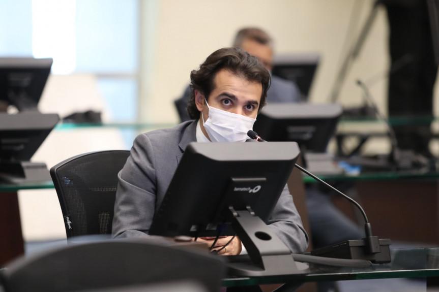 PL prevê reconhecimento dos profissionais de enfermagem com criação de piso salarial regional no PR