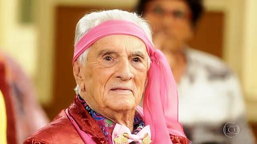 Morre aos 101 anos o ator Orlando Drummond, o 'Seu Peru' da Escolinha do Professor Raimundo, diz site