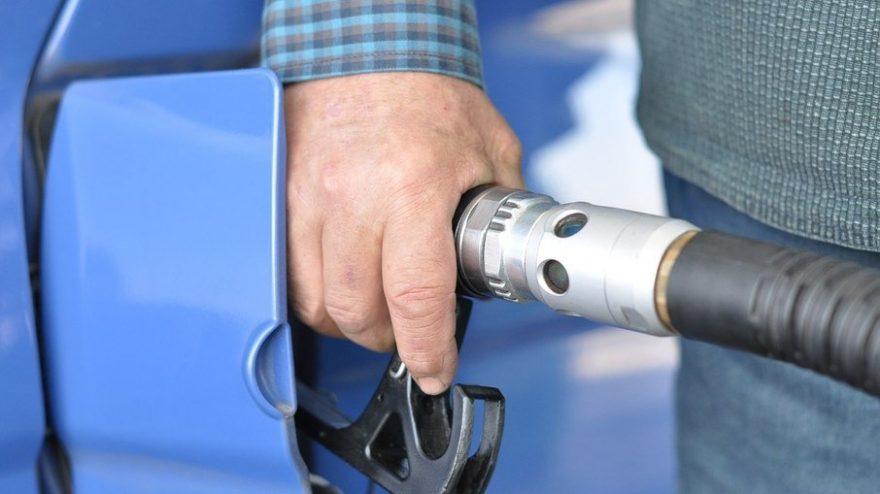 Petrobras aumenta preço da gasolina a partir de amanhã (12)