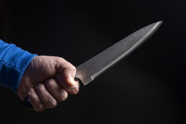 Jovem de 19 anos mata rapaz a facadas e confessa o crime para a Polícia nos Campos Gerais