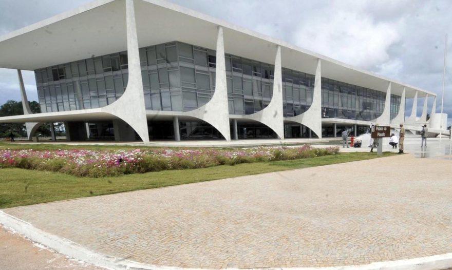 Medida Provisória que facilita abertura de empresas é sancionada por Bolsonaro