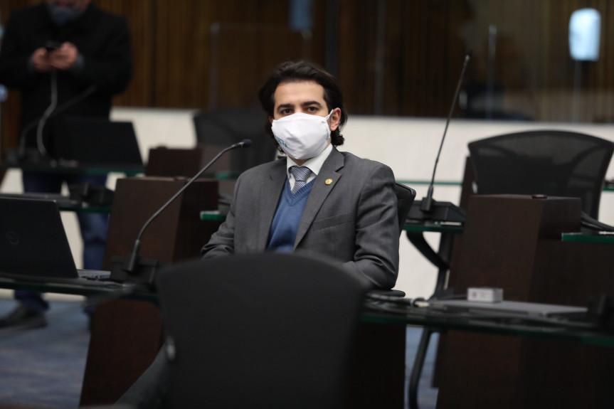 Deputado Guerra solicita ampliação de recursos do Proesporte no Paraná