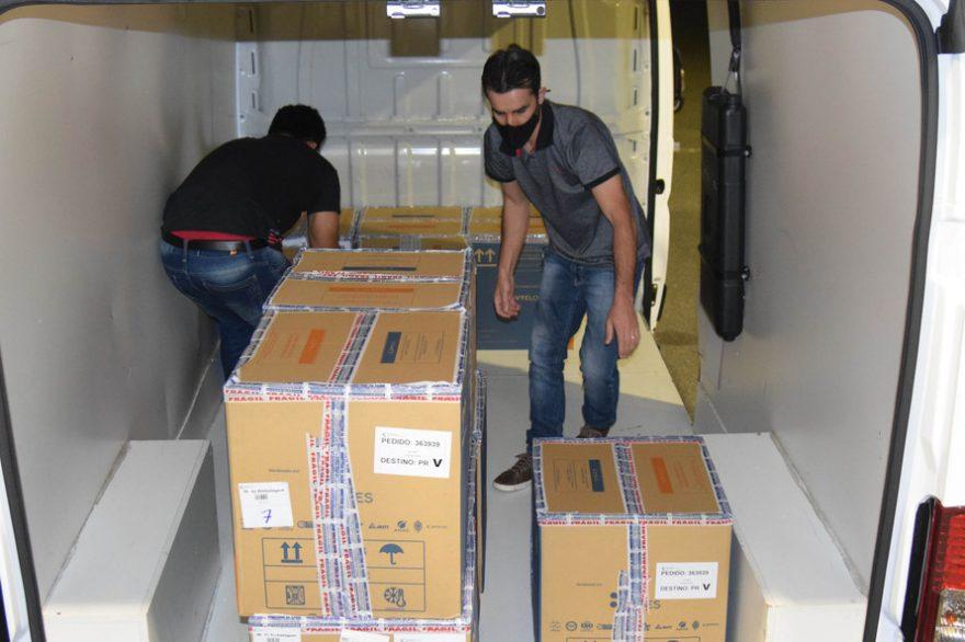 Mais de 107 mil doses de imunizante contra a COVID-19 chegam ao Paraná