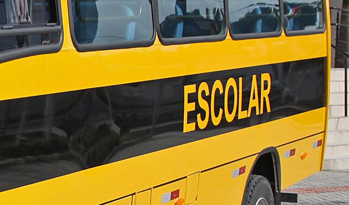 Motorista de ônibus escolar é preso ao ser flagrado dirigindo embriagado no Paraná