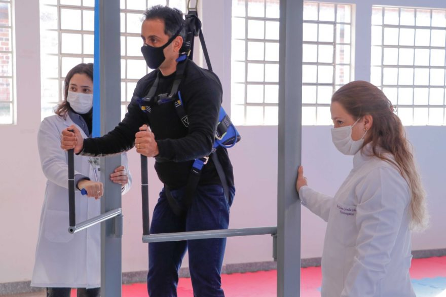 UEPG desenvolve guindaste para ajudar na reabilitação de pacientes