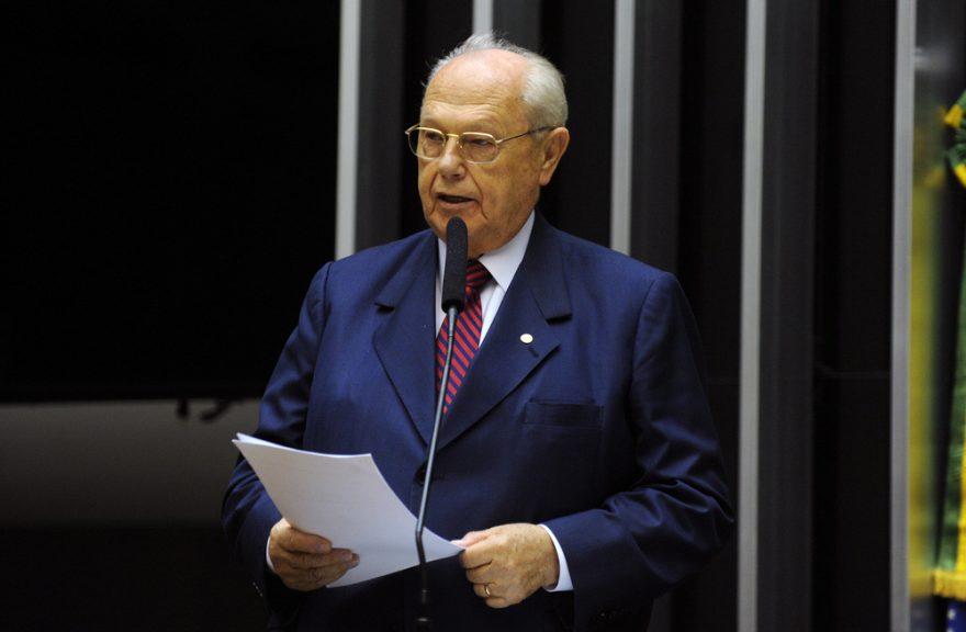Morre André Zacharow, ex-deputado federal paranaense, vítima da COVID-19
